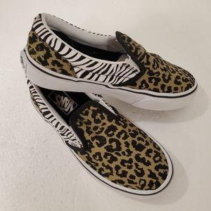 Van's  shoes in  animal print